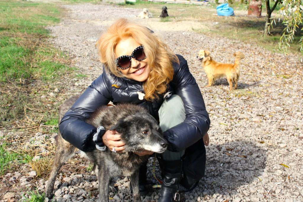 Lolita avec le chien Bo